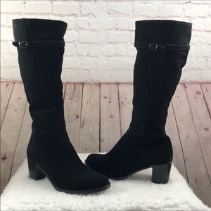 La Canadienne Pammy Suede Boots